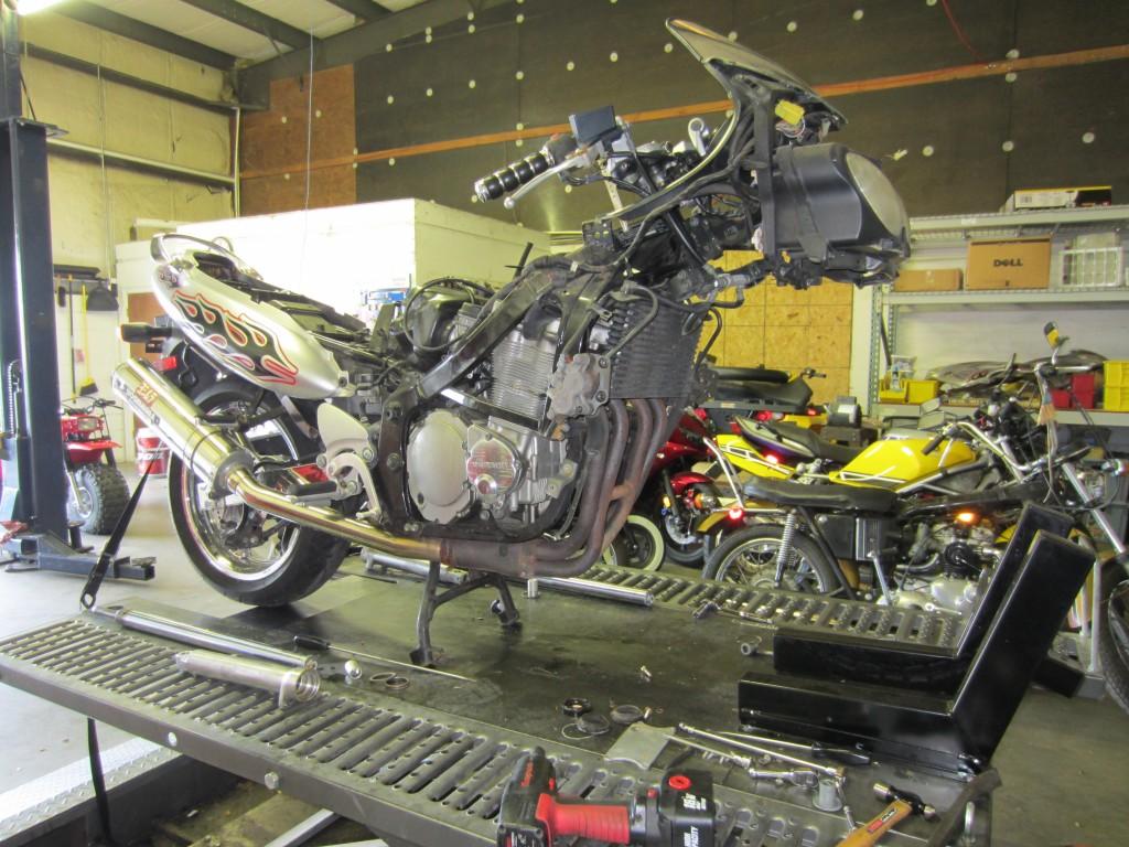 2000 GSX750F Katana