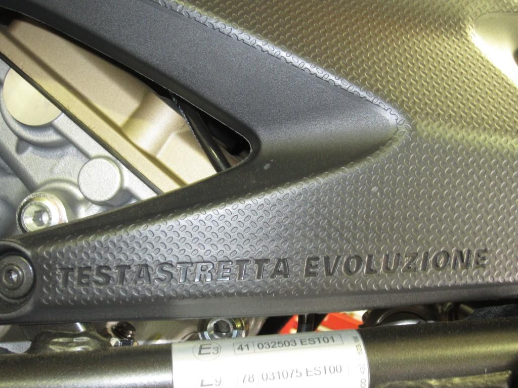 2012 Ducati 848 EVO. The Italians mayka beautiful bike like-a nobody else!!!