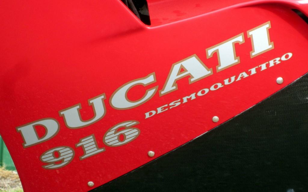 1995 Ducati 916